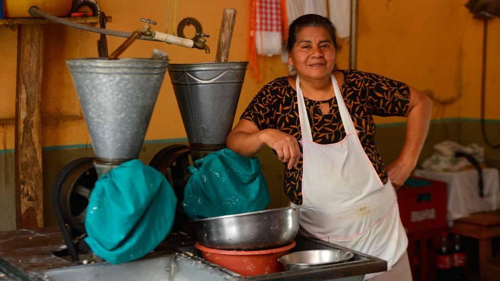 Mujer de El Salvador,