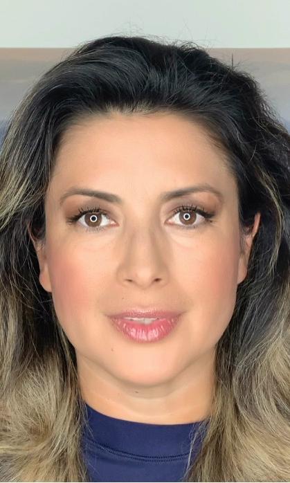 Contacto <strong>Adriana Aristizabal</strong>