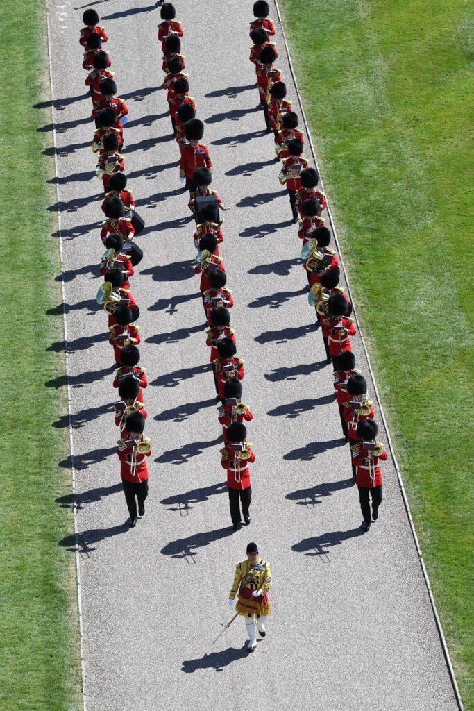 La banda militar fue la encargada de interpretar las marchas durante la procesión del funeral