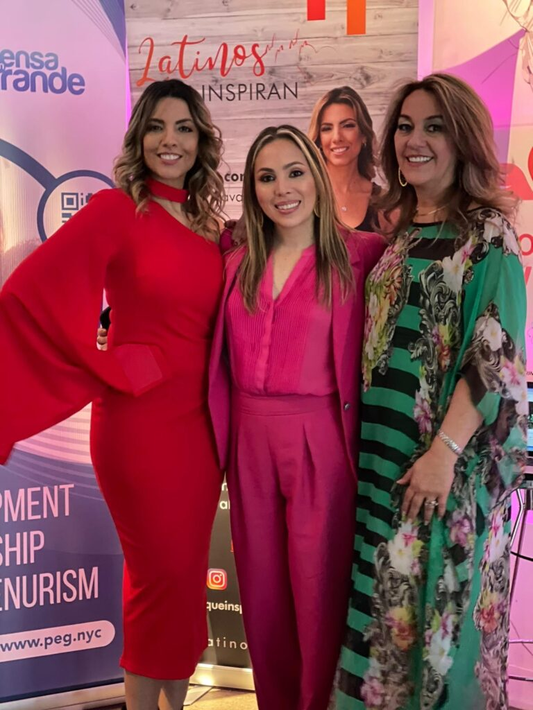 "Panelistas de la ""Conference Powerful Women"""